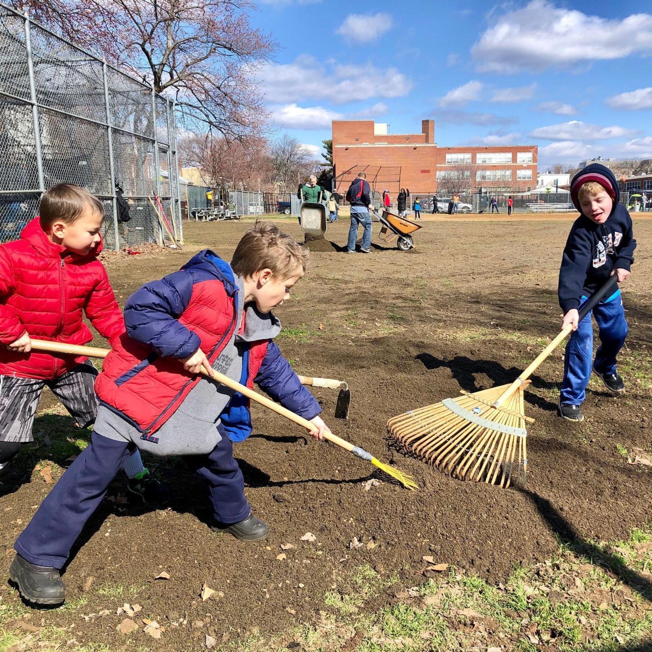 Children at Tyler Elementary Help Rake in Bloom